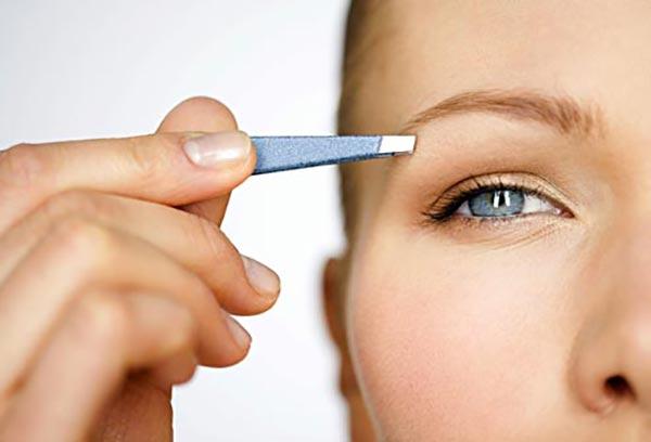 چشم های زیبا- استفاده از موچین- برنافیت