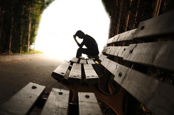 با نشانه های افسردگی آشنا شوید