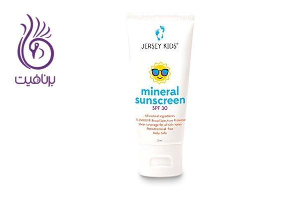 راهنمای شما برای انتخاب کرم ضد آفتاب طبیعی