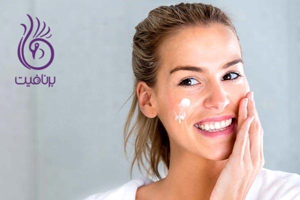 10 اشتباه رایج در آرایش پوست های خشک- برنافیت