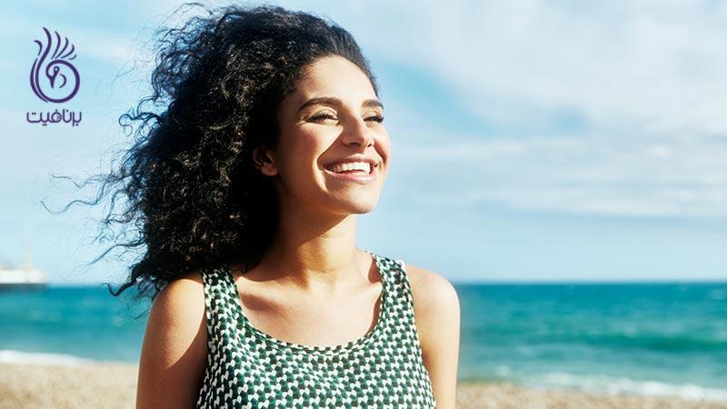 چگونه آسیب نور آفتاب بر پوست و مو را درمان کنیم؟