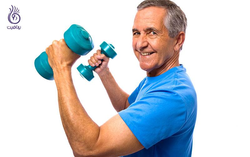 چرا هر قدر ورزش می کنید، سایز بازو ها تغییر نمی کند؟