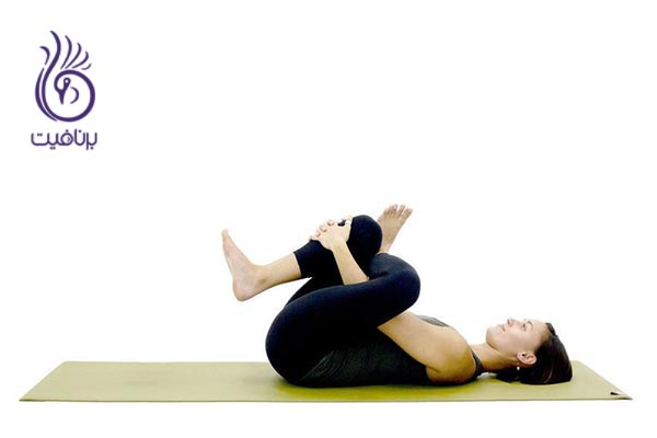 14 حرکت یوگای مناسب برای شناگران ، برنافیت