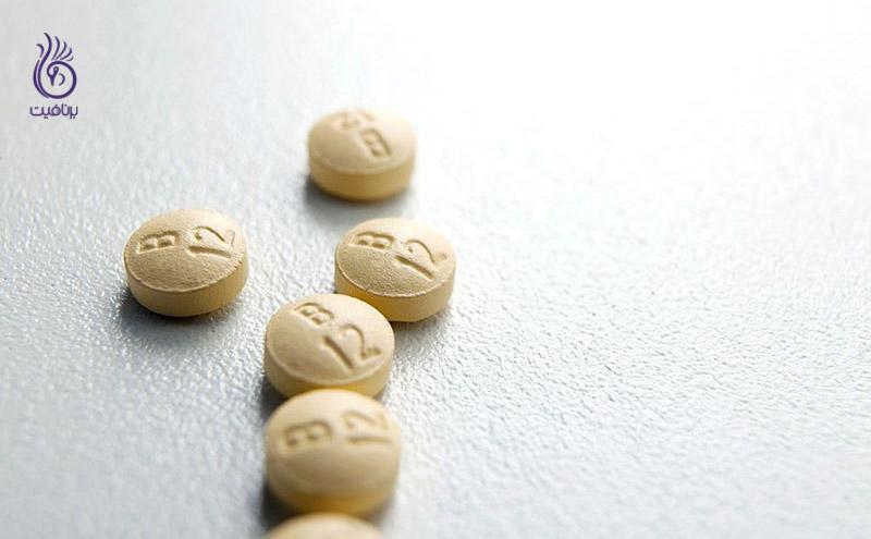 چرا باید ویتامین B12 مصرف کنیم؟