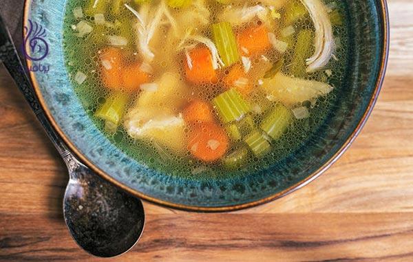 چه غذاهایی با سرماخوردگی و آنفولانزا مقابله می کند؟
