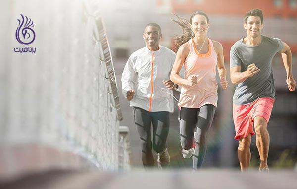 7 دلیل برای دویدن با یک دوست
