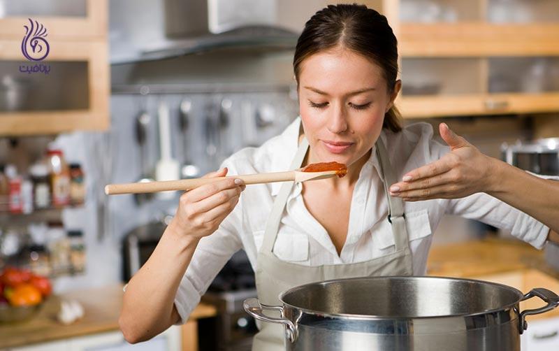 اشتباهات مربوط به آماده کردن غذا که باعث اضافه وزن می شود-تغذیه-برنافیت