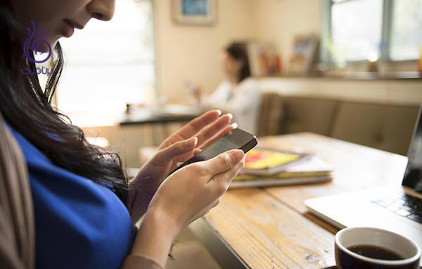 عادات روزمره نگرانی بیشتر - زندگی سالم - گوشی - برنافیت