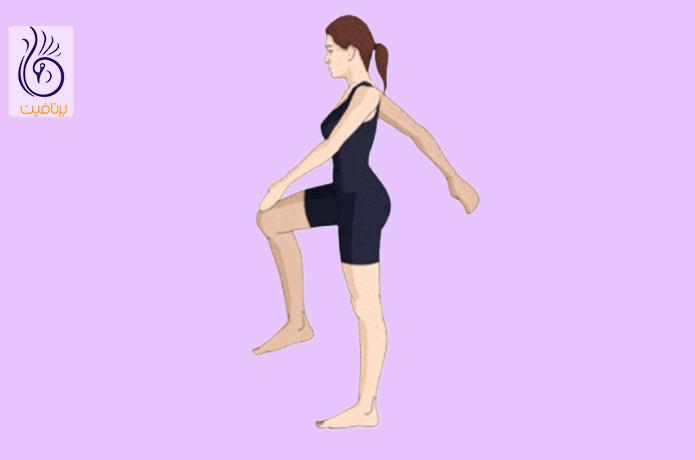 بلند کردن زانو و پیاده روی
