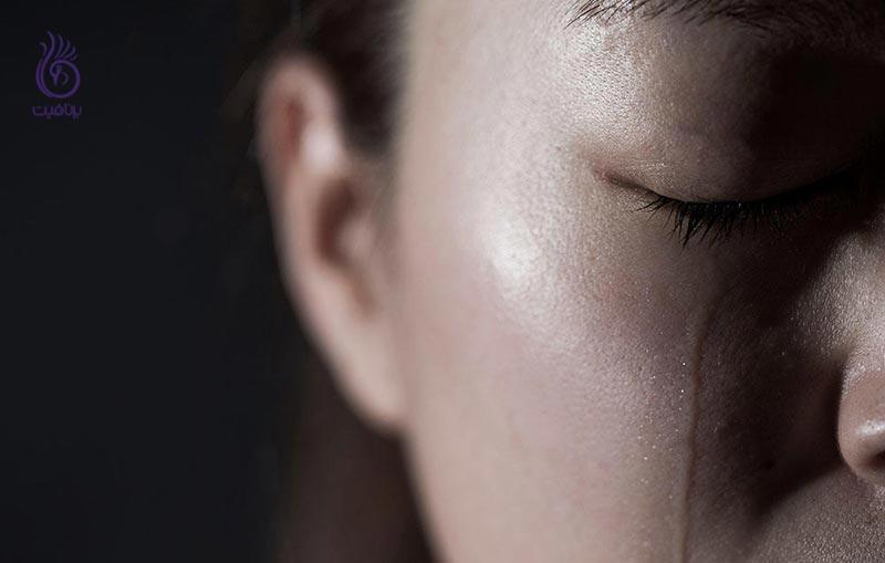 غم از دست دادن یک عزیز - گریه - برنافیت