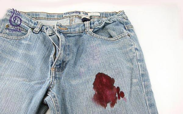 چگونه انواع لکه ها را از روی لباس پاک کنیم؟ - لکه خون - برنافیت