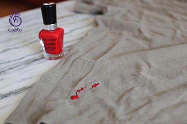 چگونه انواع لکه ها را از روی لباس پاک کنیم؟ - لکه لاک - برنافیت