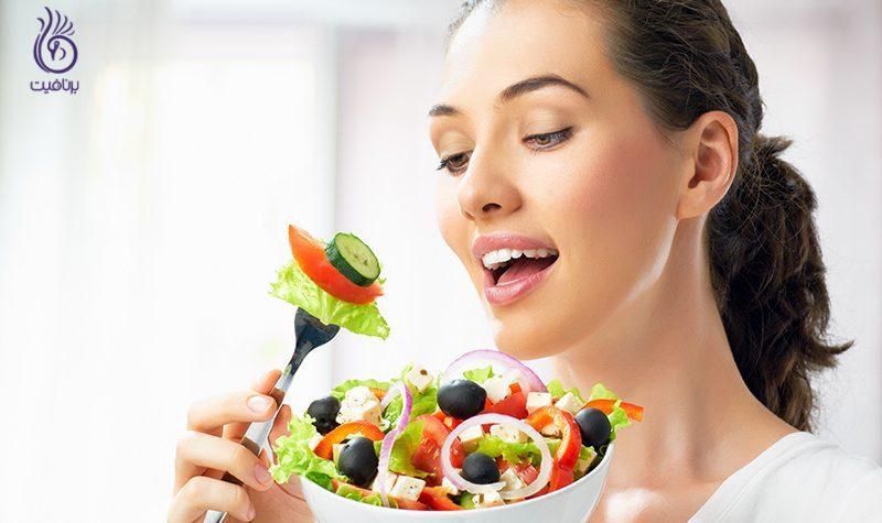 آیا رژیم های غذایی بر پوست تاثیر می گذارند؟ - برنافیت