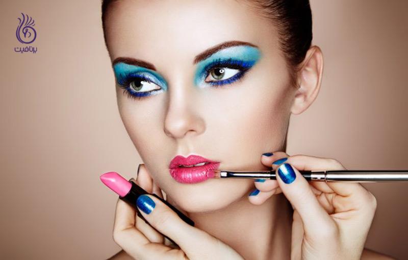 آرایش بیش از حد و عوارض آن بر پوست - برنافیت