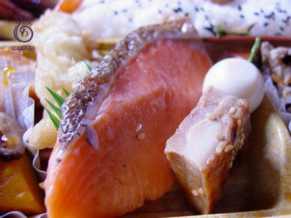 با این غذاها، به جنگ چربی های شکمی بروید - ماهی - برنافیت