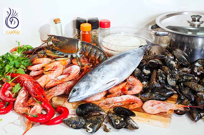 مصرف غذاهای دریایی و سفت شدن سینه