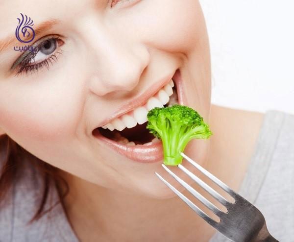 آب کردن چربی شکم- آرام غذا خوردن- برنافیت