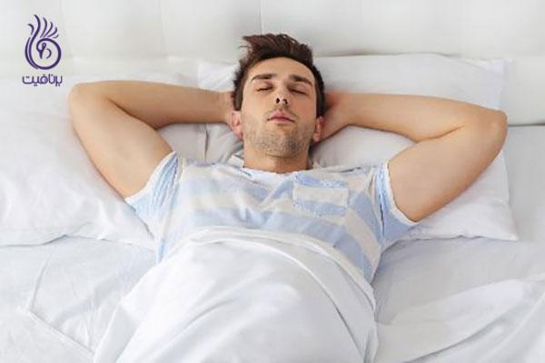 چروک پیشانی- خوابیدن به پشت- برنافیت
