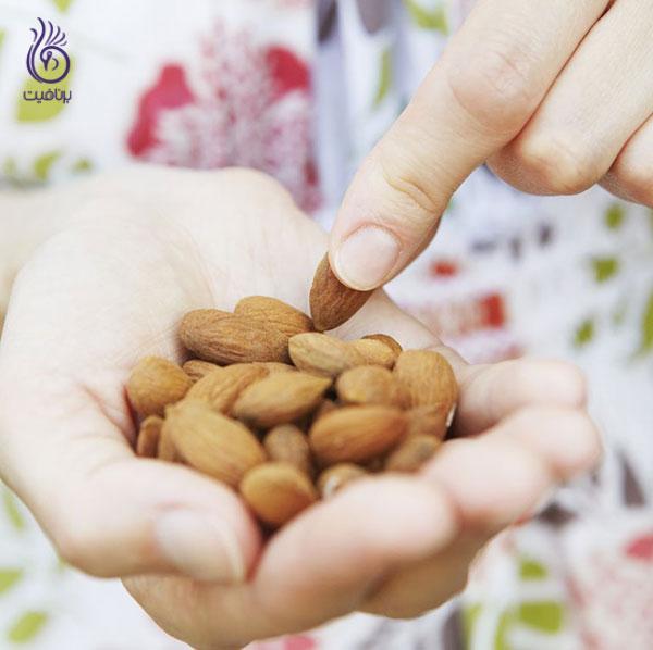 لاغری اصولی- جلوگیری از گرسنگی بیش از حد- برنافیت