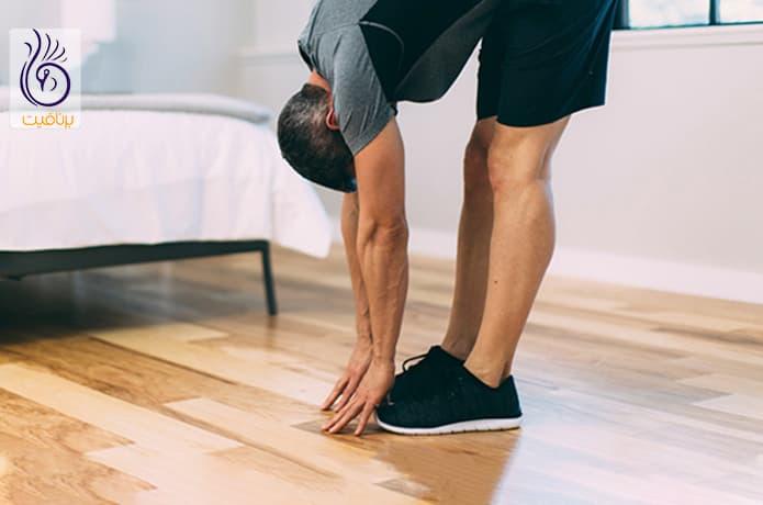 حرکت ورزشی لمس پنجه های پا