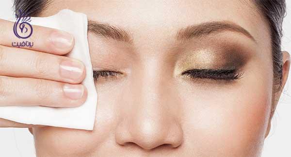 عادت های قبل از خواب- پاک کردن آرایش- برنافیت