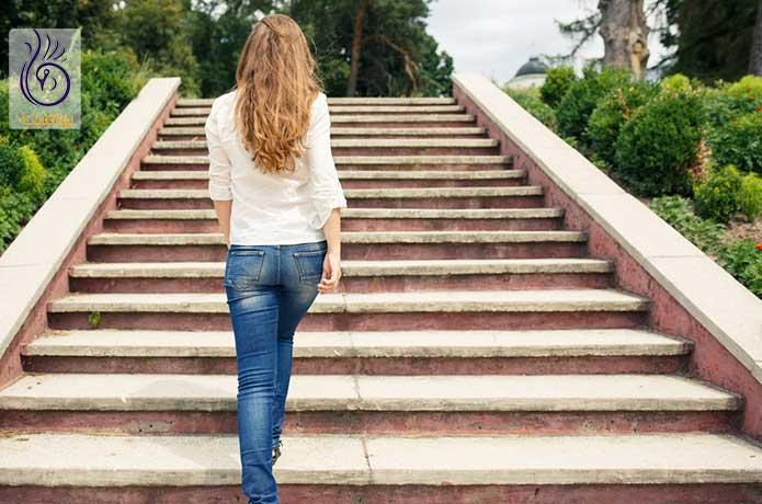 تمرین هوازی - بالا و پایین رفتن از پله - برنافیت دکتر کرمانی